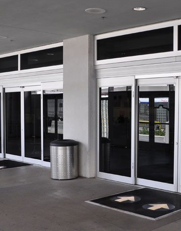 Automatic Doors Devon Automatic Doors Plymouth automated door repairs automated door maintenance contracts 5 star door maintenance